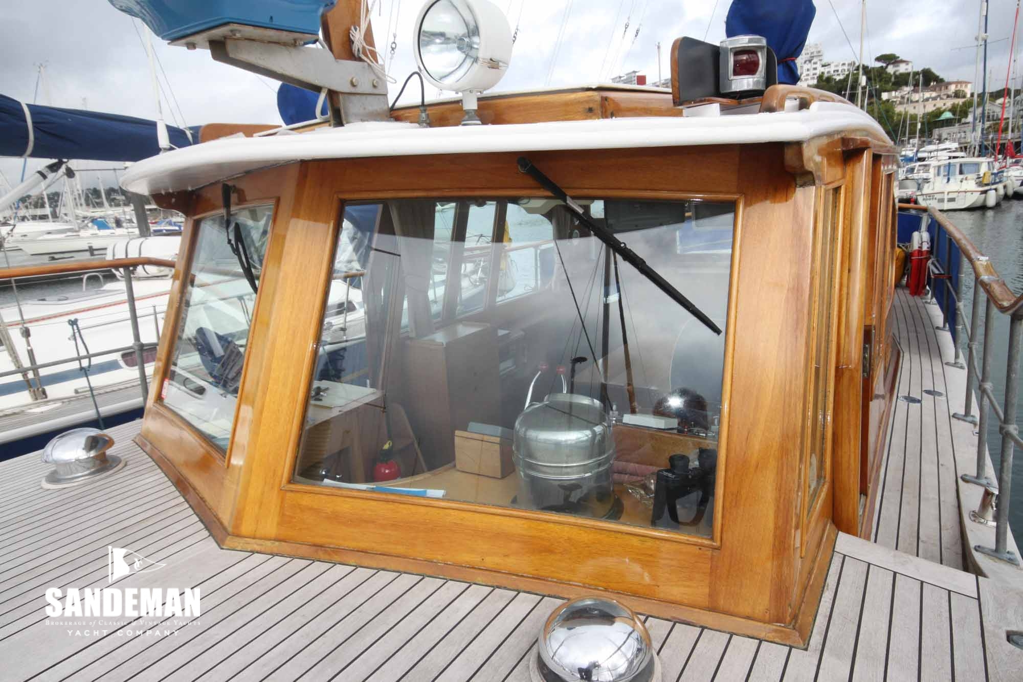 John Bain Staniland 40 ft Motor Yacht 1963 - Sandeman Yacht Company