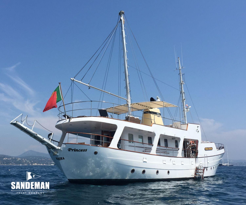 Chantiers normandie 85 ft gentleman s motor yacht 1966 for 85 viking motor yacht